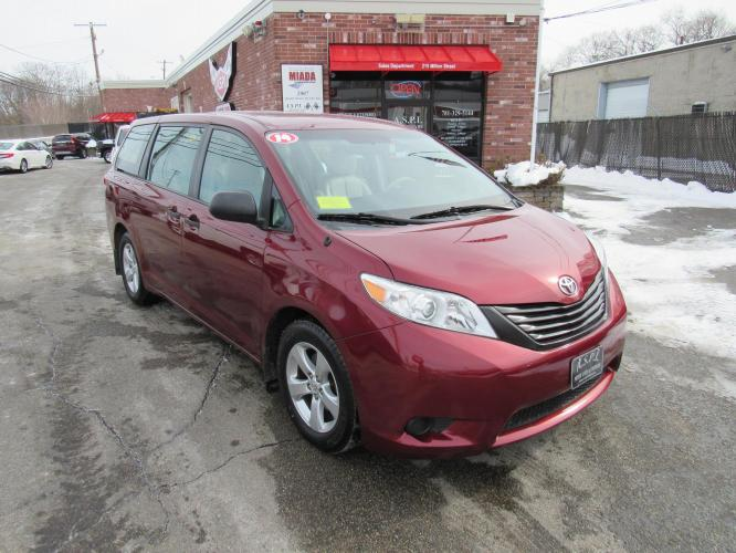 2014 Burgandy Toyota Sienna FWD 7-Passenger V6 (5TDZK3DCXES) with an 3.5L V6 EFI DOHC 24V engine, 5-Speed Automatic transmission, located at 215 Milton St, Dedham, MA, 02026, (781) 329-5144, 42.241905, -71.157295 - Photo #0
